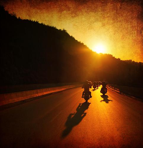 Motocyklizm i transcendentalny materializm